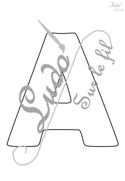 Alphabet lettres creuses - Document à télécharger et imprimer gratuitement - Majuscules et minuscules - Pour divers projets créatifs (abécédaire créatif, initiales, alphabet, prénom) ou pour l'apprentissage de l'écriture - Pré-scolaire et maternelle - lslf